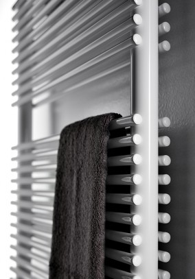 stainless steel towel warmer made of tubular element