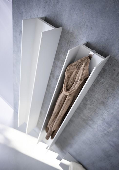 termosifoni a bassa temperatura dalle linee pure ed essenziali. Black Bedroom Furniture Sets. Home Design Ideas