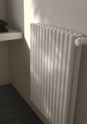 radiator with rectangular-section tubular elements