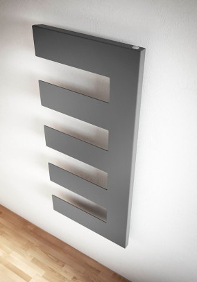 geometric decorative radiator with comb shape