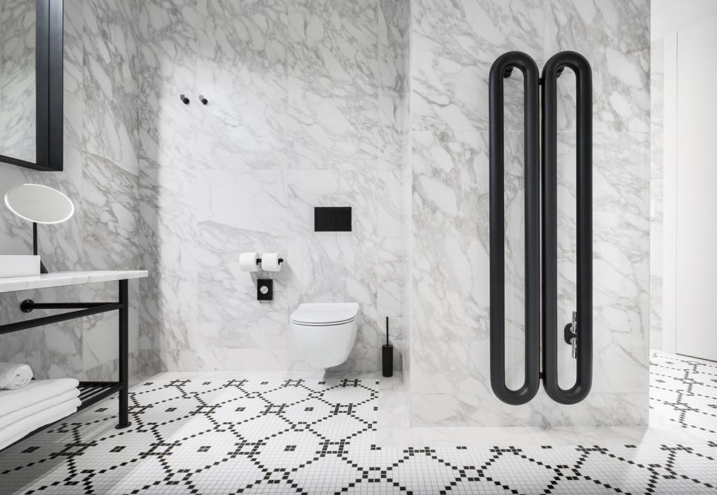 Exceptionnel Le radiateur à eau chaude Tubone d'Antrax IT interprète  XK78