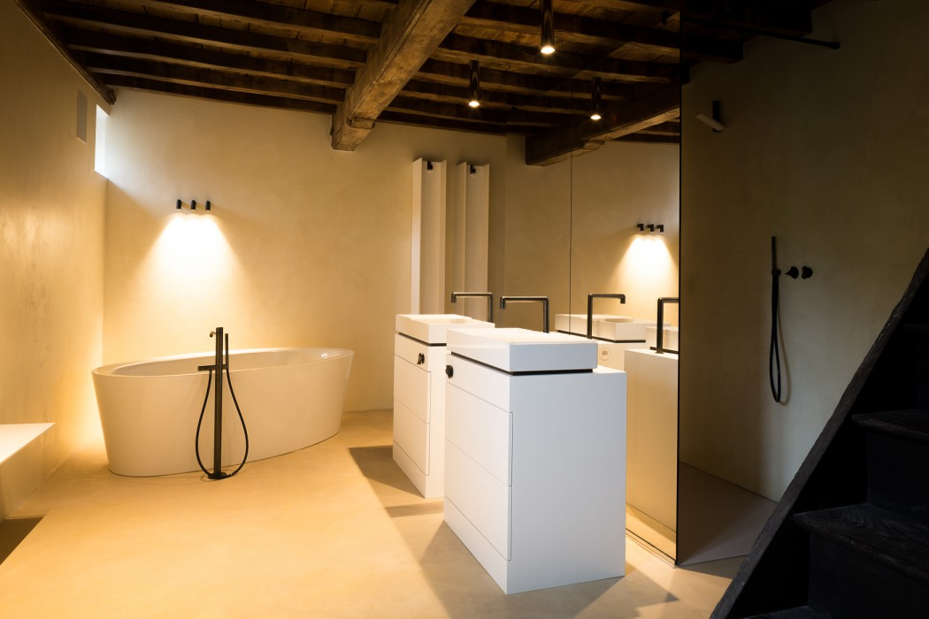 El toallero calefactor serie t calenta una casa en b lgica - Calefactores de bano ...