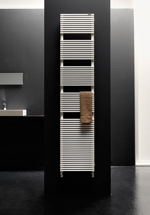 Bathroom towel rail radiator with modern distinguishing features