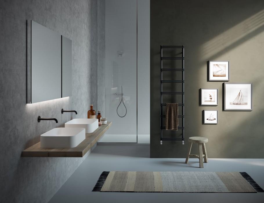 heizk rper bad mit kompaktem design. Black Bedroom Furniture Sets. Home Design Ideas